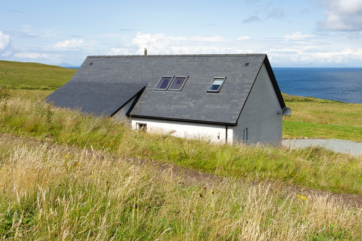 Pooltiel-House-Skye-seaviews